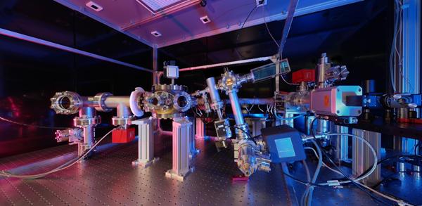 Kontraintuitives Legospiel – Ein Einblick in die Experimentalphysik